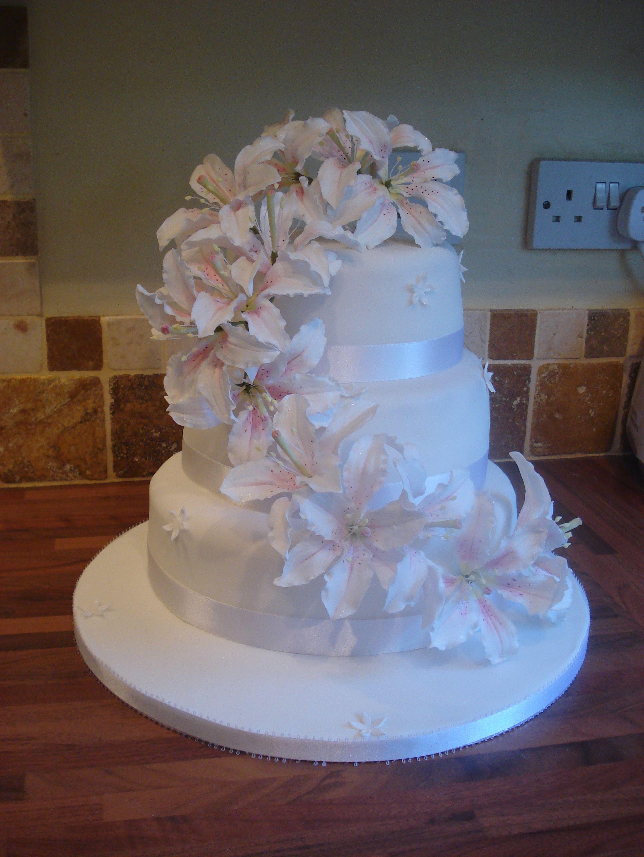 White Lily Wedding Cake By Sharon Wicks Social Media Marketing