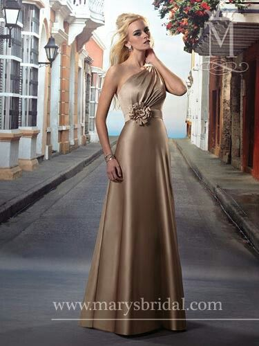 One-shoulder shoulder A-line dress with large flower accent