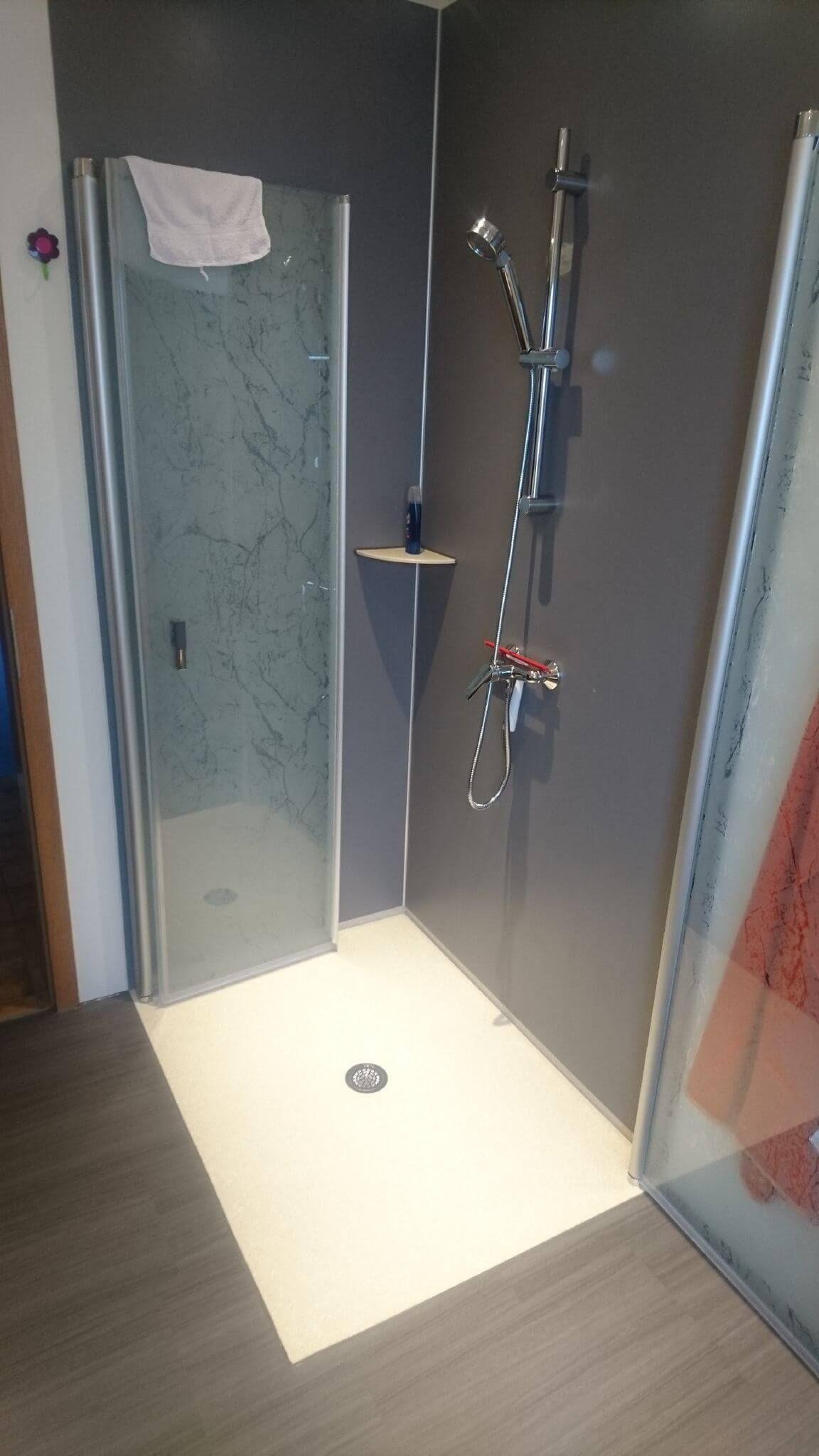 24h Badsanierung Bei Familie Bock Glasduschen Duschwand Duschwand Glas