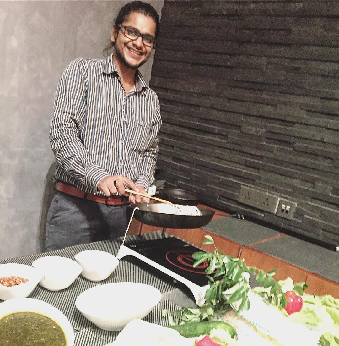 Cooking with love provides food for the soul  #foodrevolution #foodgasm #foodforlife #chefslife #chefstalk #instadaily #lovefood #mumbaidiaries #indiafoodlovers