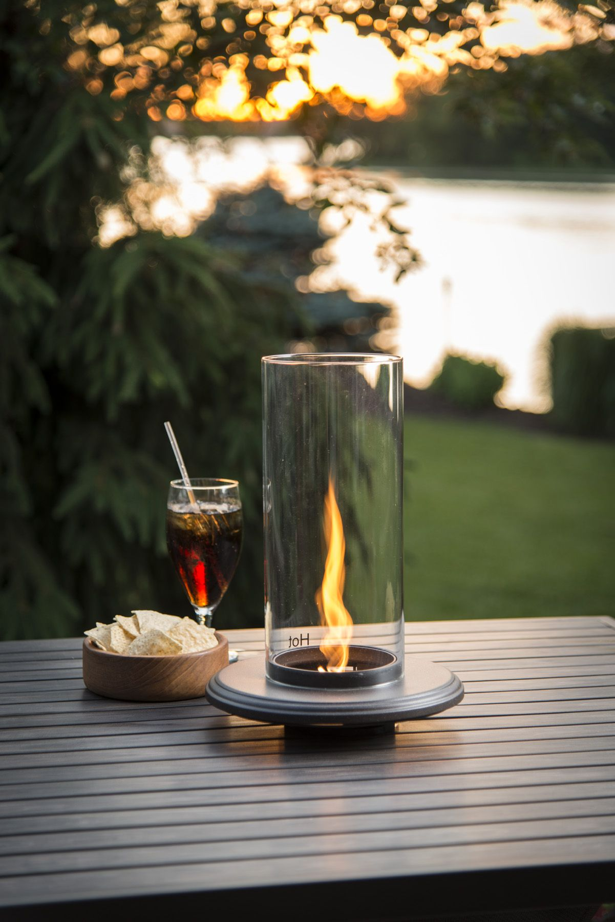 the unique table top venturi flame fire pit brings ambiance and