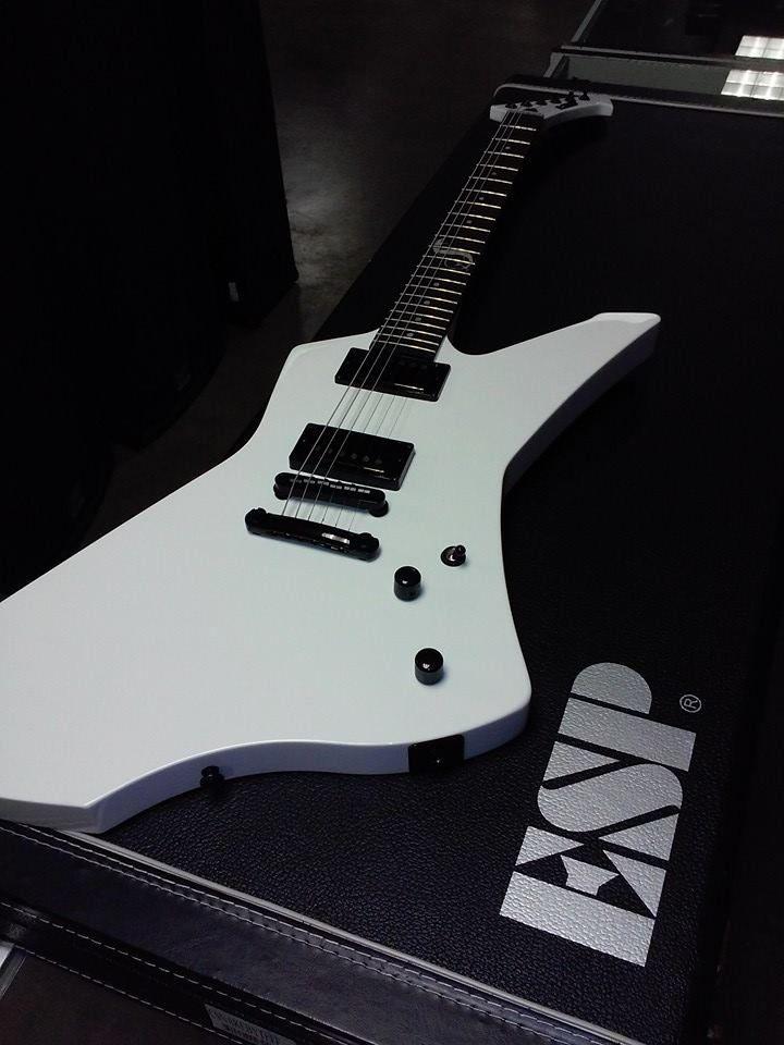 2000x1275 esp guitars wallpaper - photo #19. Google Images