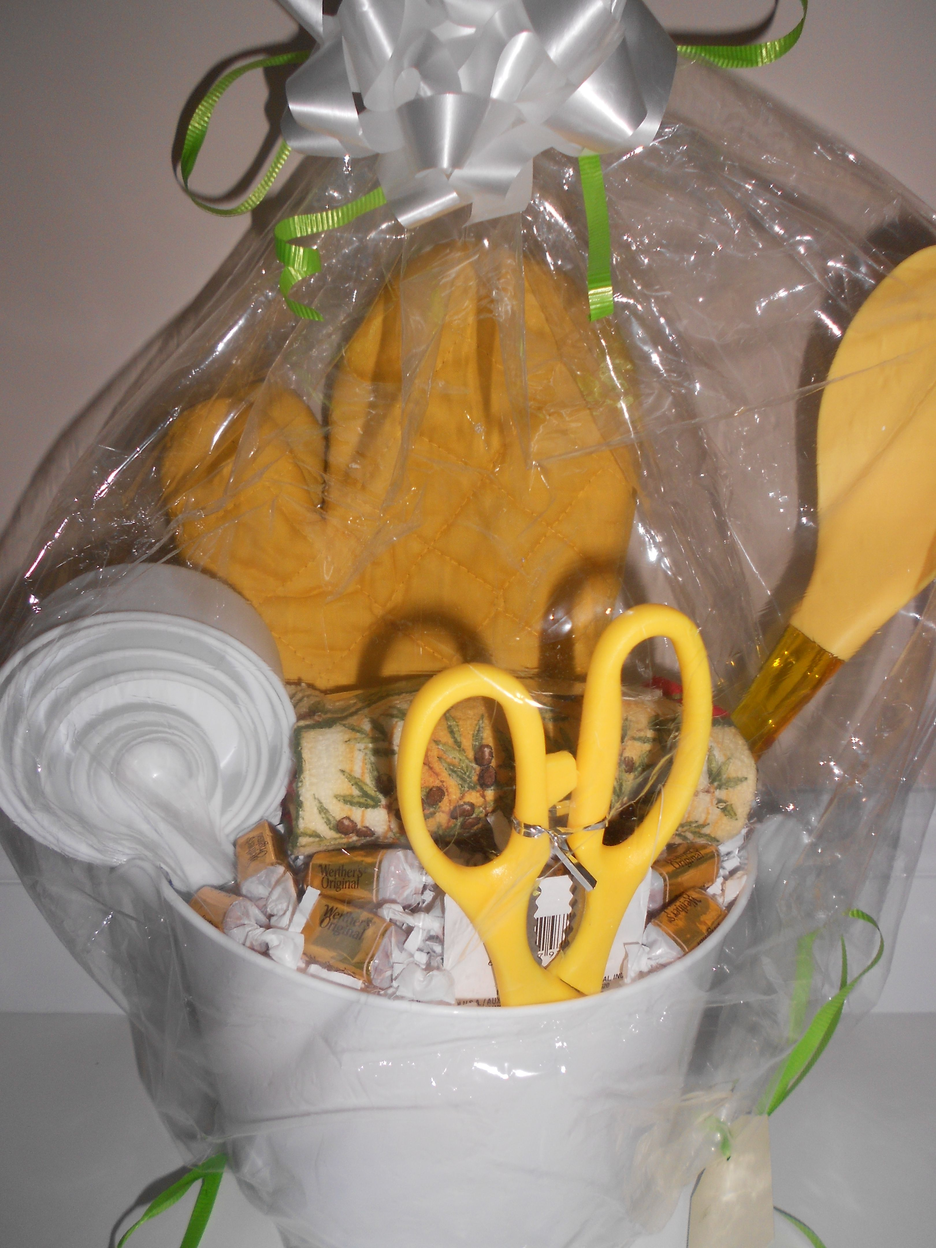 Best Gift For New House Housewarming Gift Basket Perfect For Any New Home Buyer