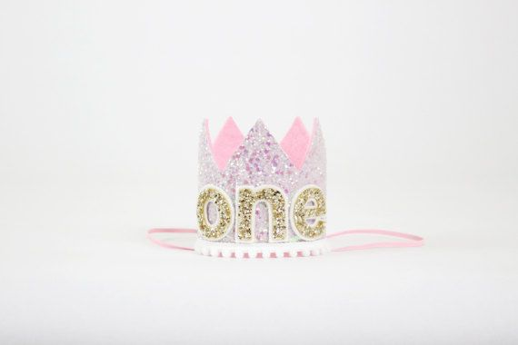 Hey, I found this really awesome Etsy listing at https://www.etsy.com/listing/267092338/first-birthday-crown-1st-birthday-girl