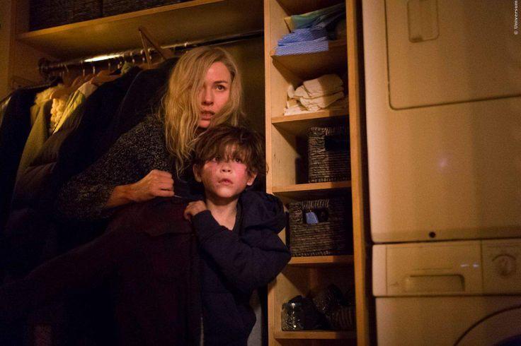 HORROR: Vergesst Insidious! Der Junge im ersten gruseligen Trailer zu Shut In ist noch viel krasser HORROR: Vergesst Insidious! Der Junge im ersten gruseligen Trailer zu Shut In ist noch viel krasser!        Vergesst Insidious, das Waisenkind im neuen Horrorfilm mit Naomi Watts ist viel gruseliger! Die Macher von The Forest und The Hitcher verbreiten Gänsehaut im düsteren Schocker Shut In: Erster US-Trailer ➠ /go/35307