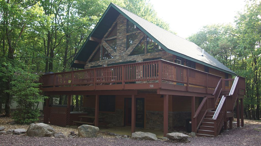 Chalet vacation rental in lake harmony from