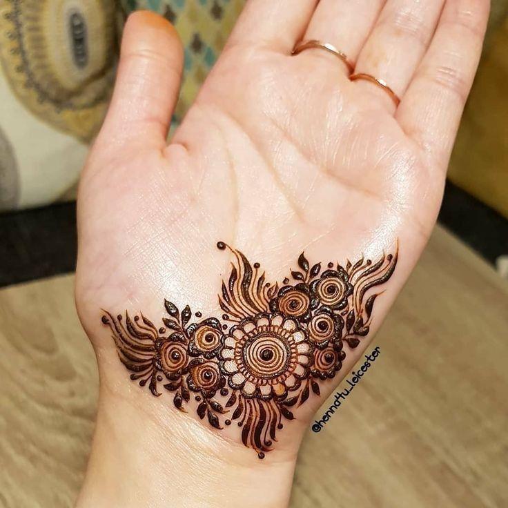 Henna Tattoo Hand Leicht Klein Elegant Arts Tattoo 13