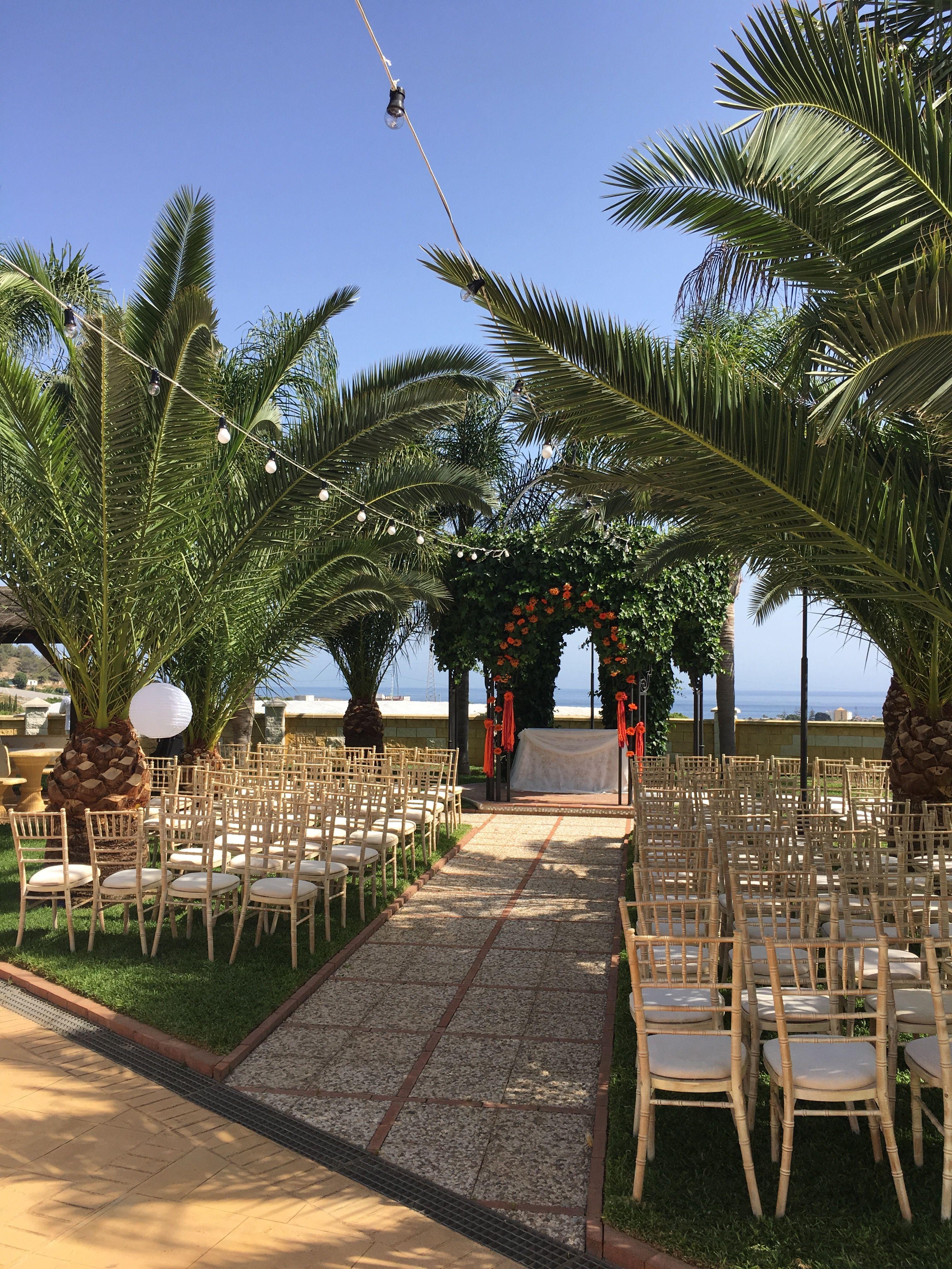Spanish Wedding Planner. Outdoor Wedding Decoration