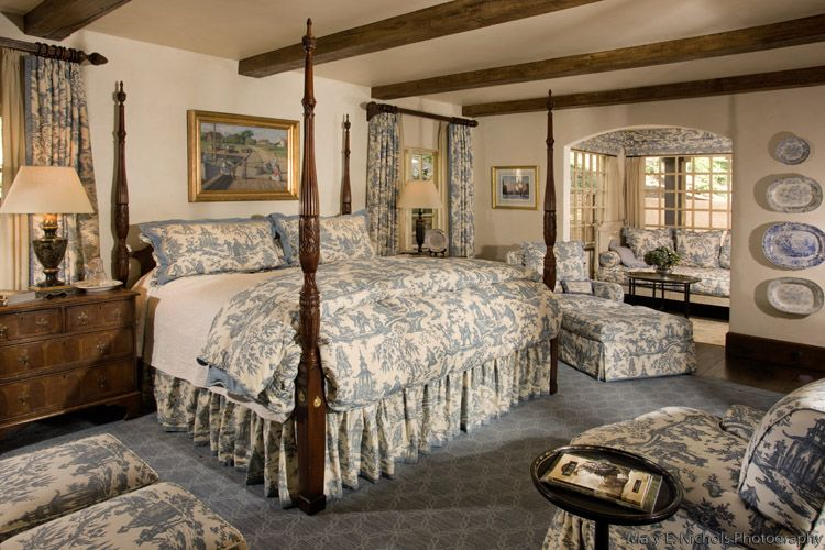 Bedroom Decorating Ideas Totally Toile: Blue Toile Bedroom, Four Post Bed