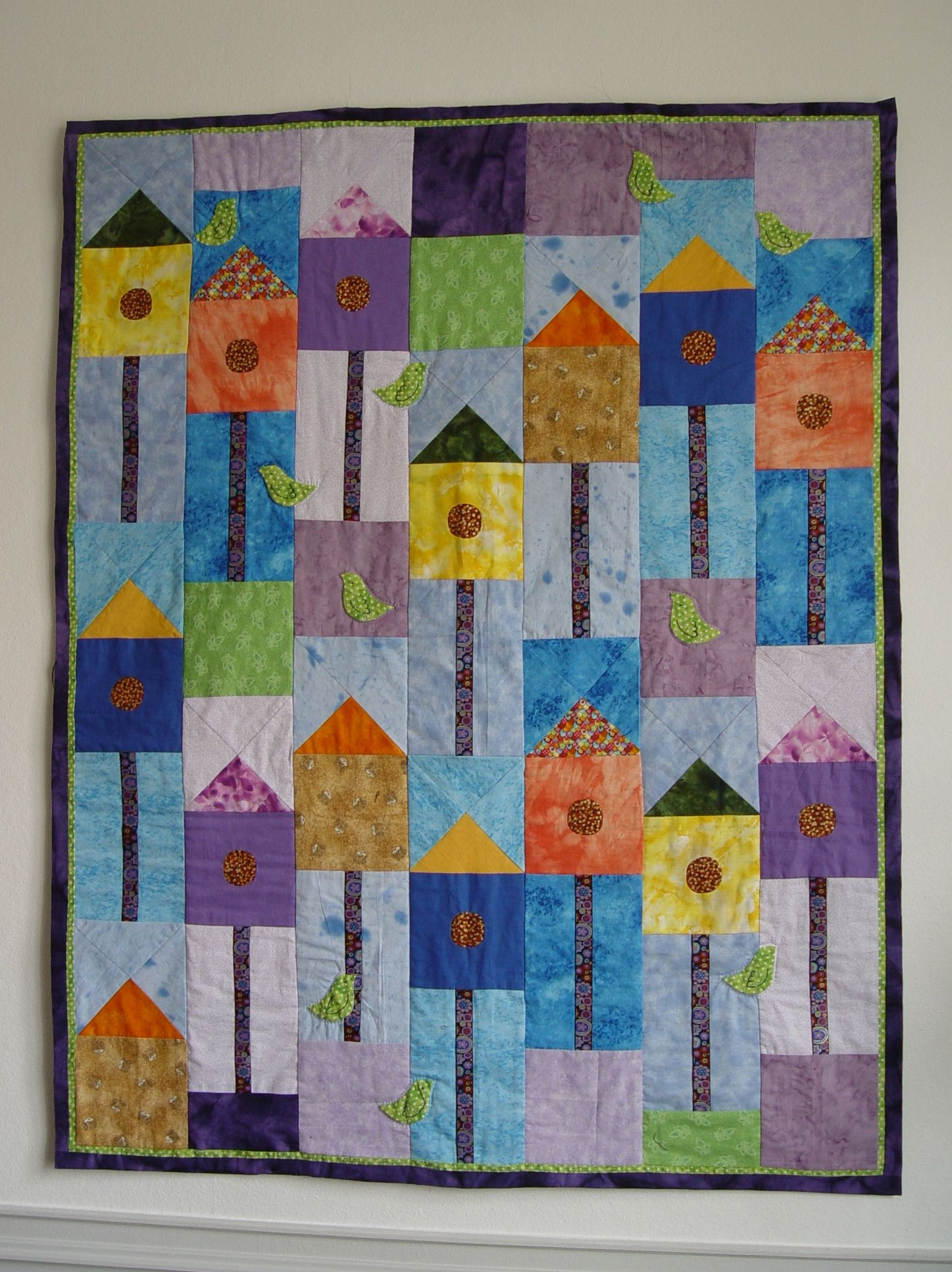 "Lovely Bird Houses Quilt using ""Paperweight"", created by the French Team ""L'art Quilt de Seignosse"""