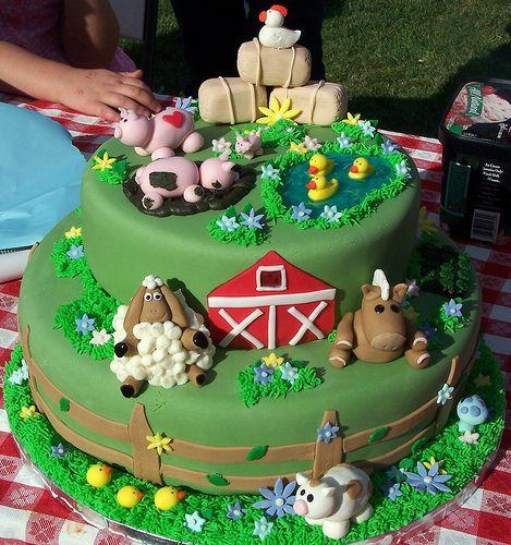 Farm animal birthday cake Animal birthday cakes Animal birthday