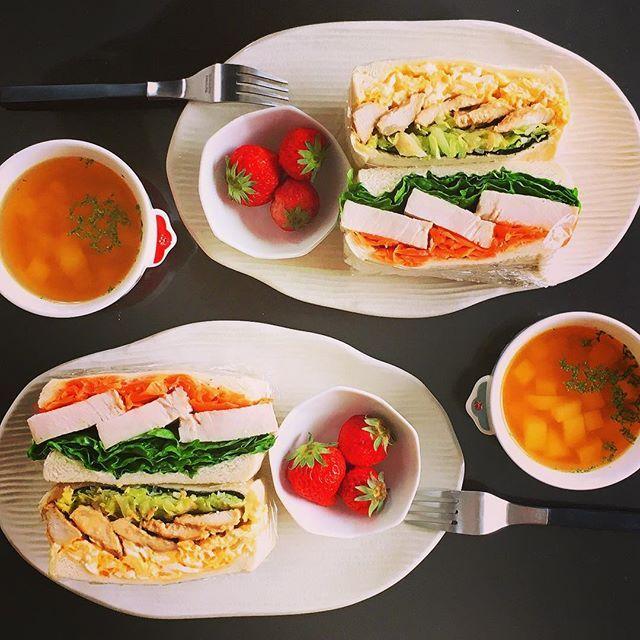kyoko_terashita#今日の朝食 #サンドイッチ #自家製ハム #おうちごはん #ふたりごはん