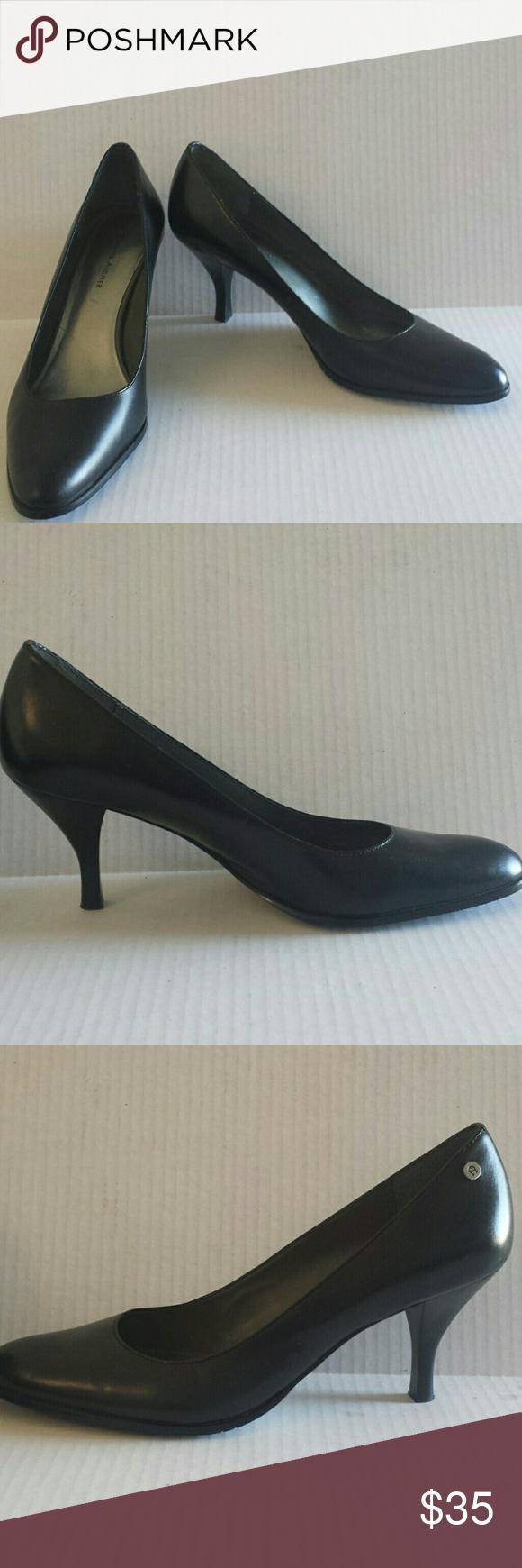 2d005ab8b4 Etienne Aigner black leather 3.5