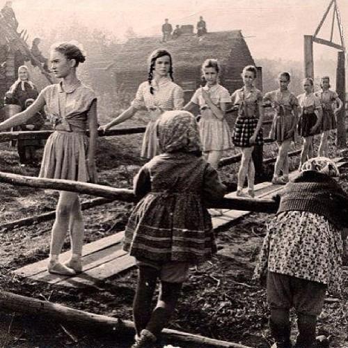 #Ballet class during World War 2 #WW2 #dance
