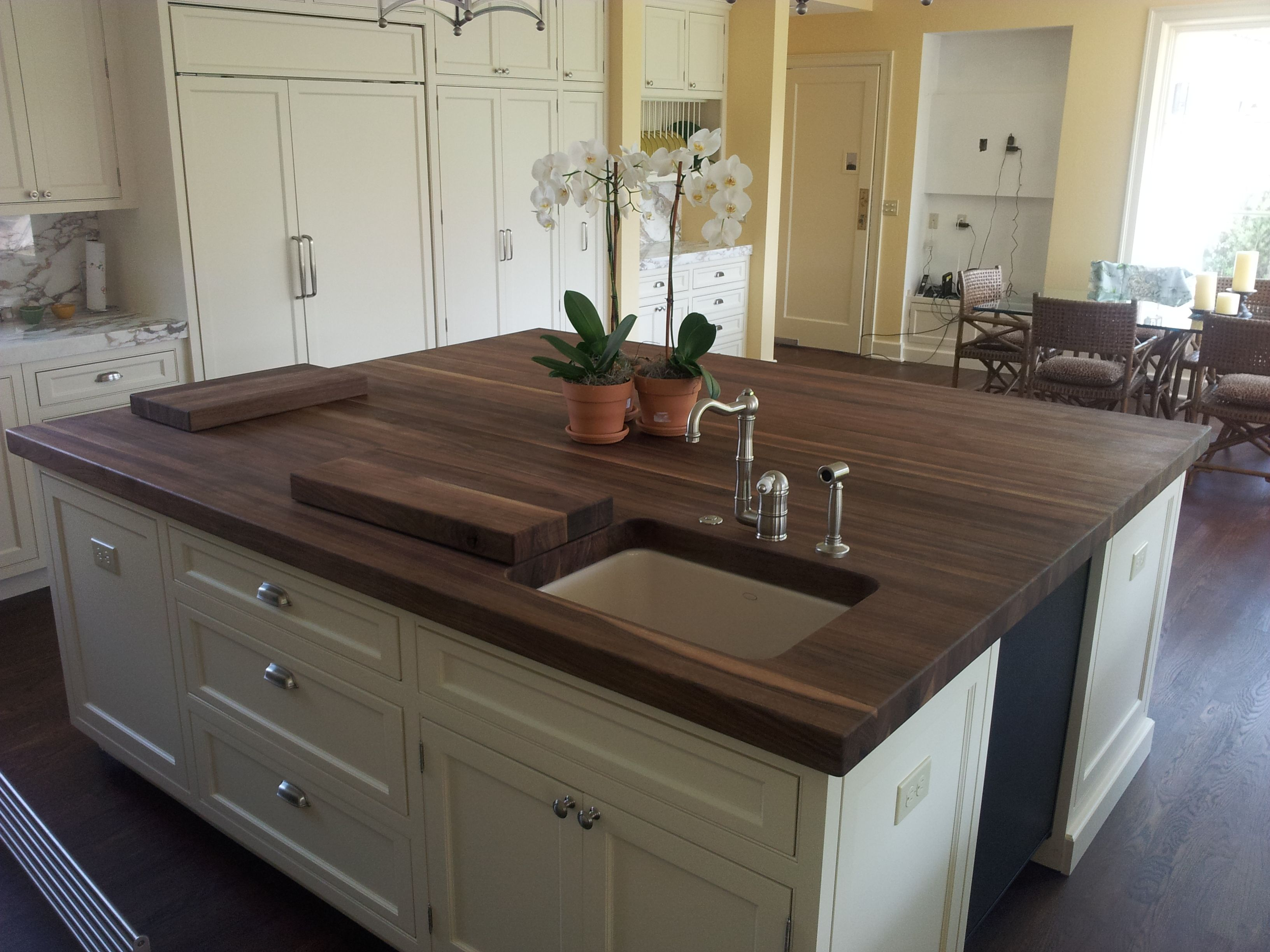 8 Feet Long And 6 Feet Wide 2 1 2 Thick 400 Lbs In Weight Chop Chop Ko Kitchen Island With Seating Kitchen With Long Island Kitchen Island Placement