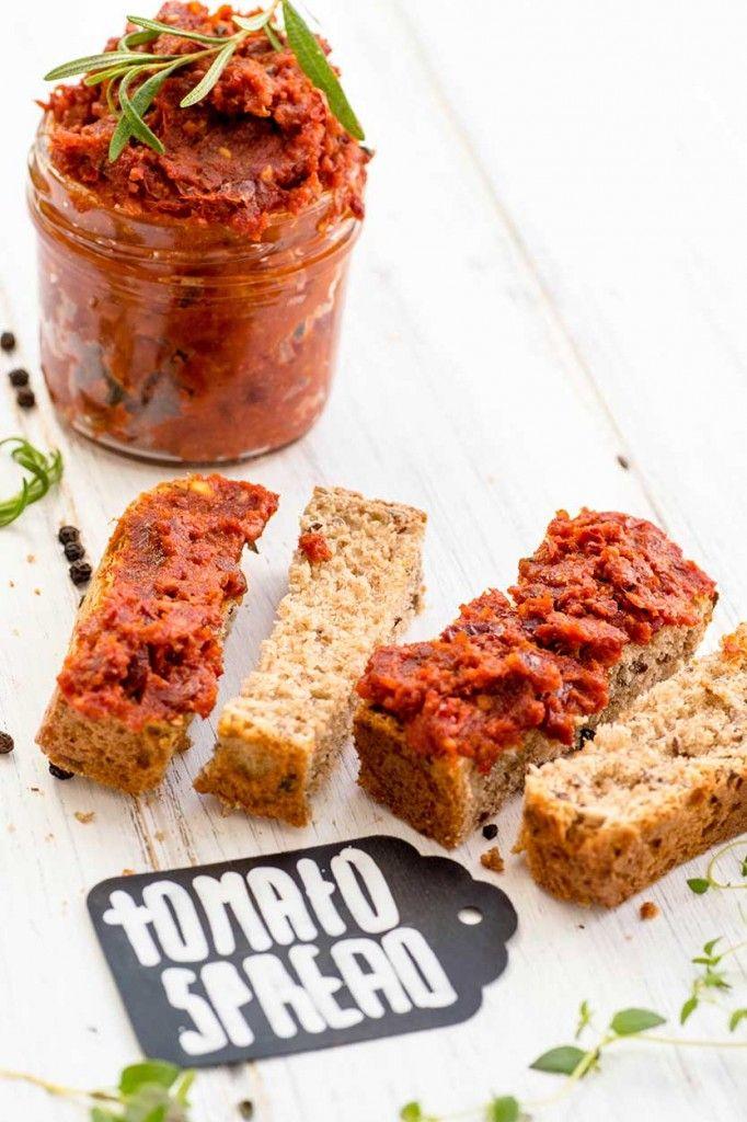 Tomatenpesto mit Mandeln - schnelles Rezept für Pesto Rosso