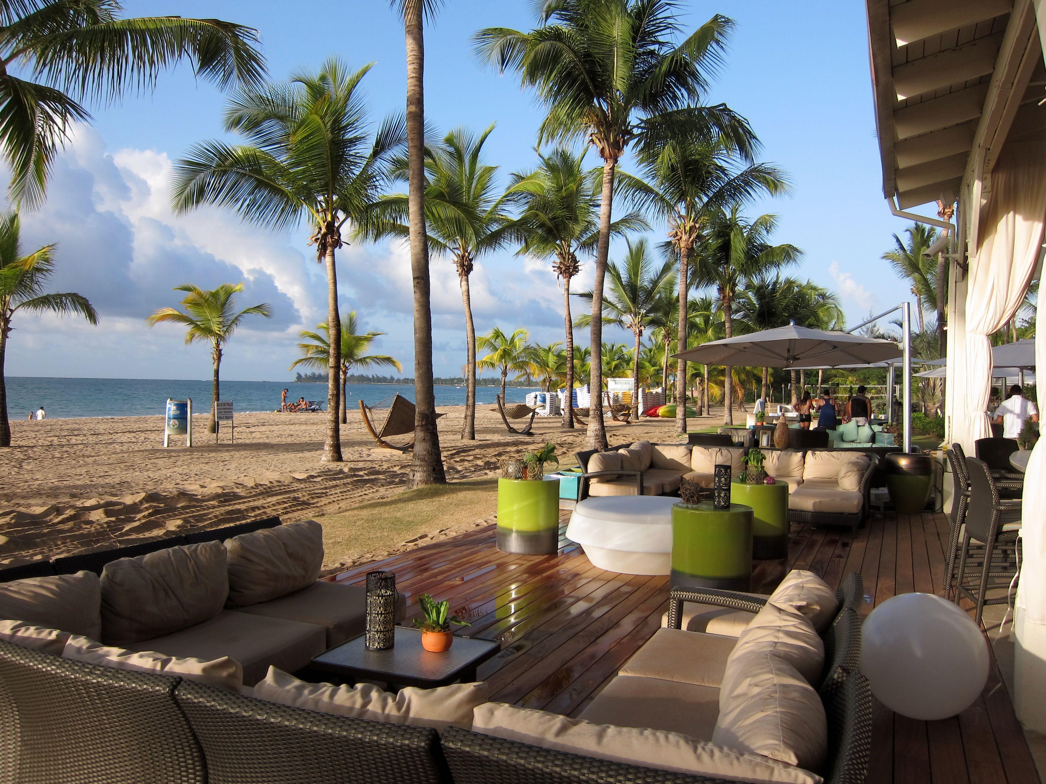 Courtyard Isla Verde Beach Bar Sanjuan Puertorico