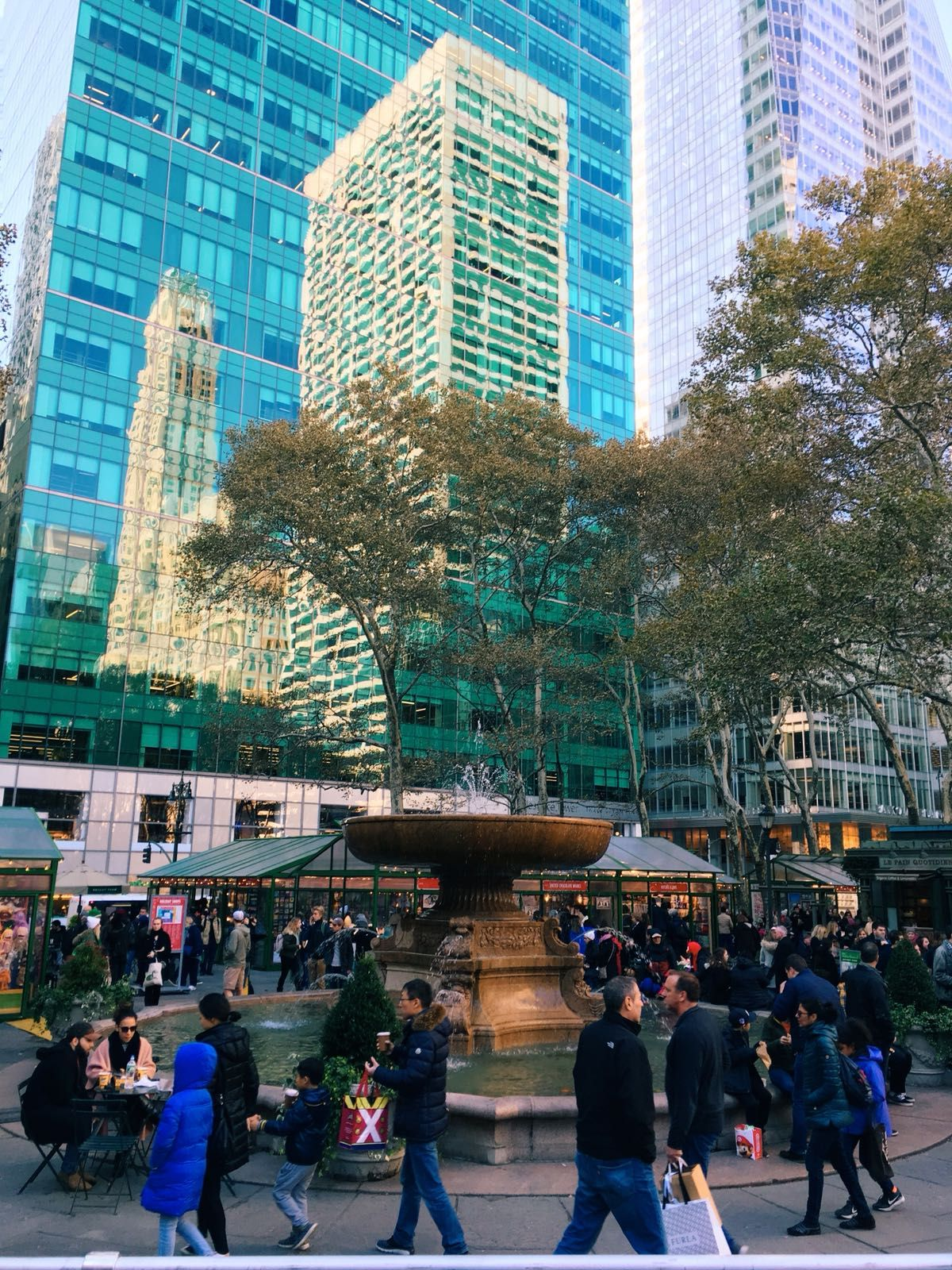 Bryant Park • Christmas Markets • New York • Big Apple • NYC ...
