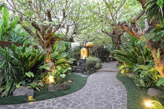 Balinese garden | Garden landscape design, Balinese garden ...