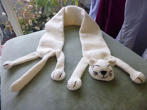 Ravelry Cuddly Cat Scarf Pattern By Jazmo Tennant Crochet Cats