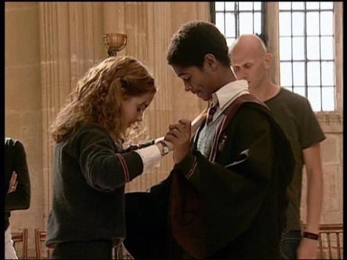 First Of All He Can Dance Which Is Charming As F Ck Dean Thomas Harry Potter Images Harry Potter Cast
