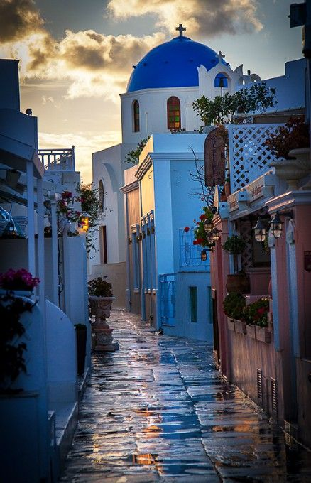 Oia, Greece - a main street on a rainy day: Photo by Photographer Jacques de Klerk - http://photo.net