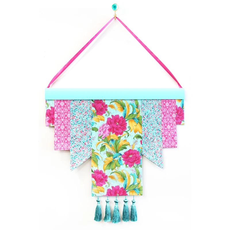 Free Reversible Wallhanging Pattern - Paintbrush Studio Fabrics
