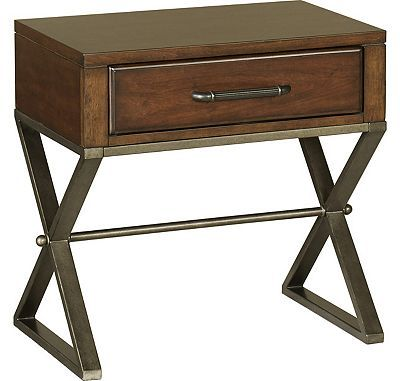Havertys Town Center Drawer Nightstand 26 High Bedside Tables