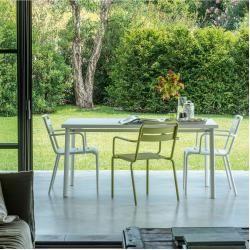 Photo of Mesa estrella rectangular Emu muebles de jardín