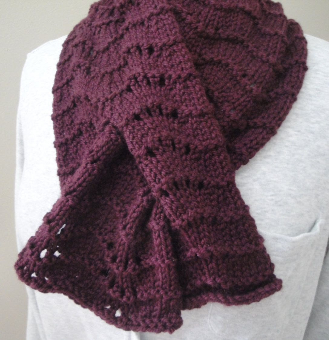 Self-Fastening Scarves and Shawls Knitting Patterns | Neck warmer ...