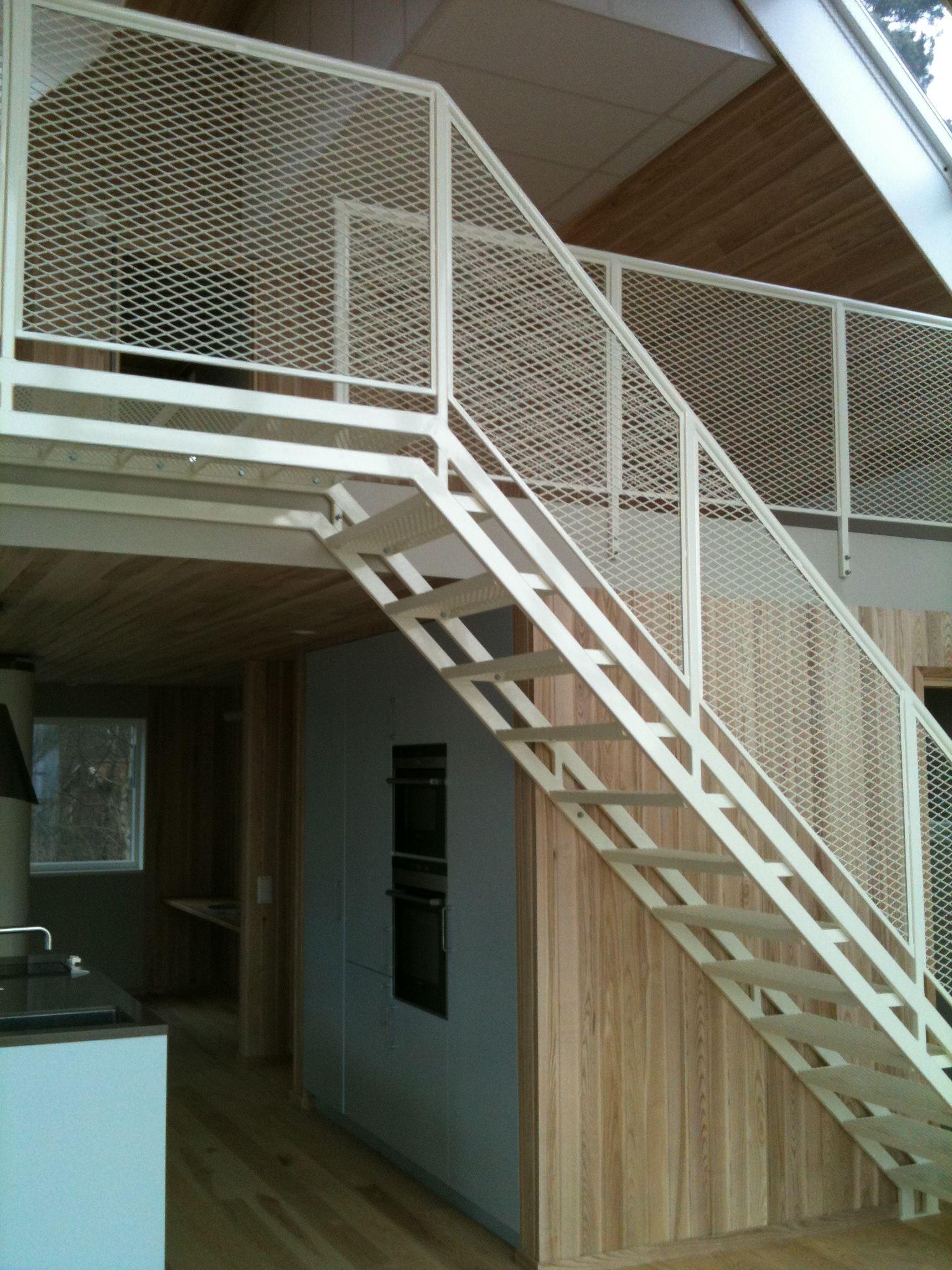 streckmetall trappan till loftet. 2014-02-12 | villap bilddokument, Innenarchitektur ideen