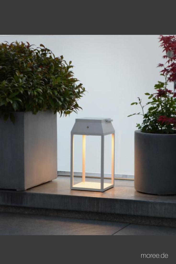 Solar Laterne Stufenlos Dimmbar Alternativ Mit Ladegerat Zu Betreiben In 2020 Laterne Weiss Lampen Garten Gartenlampen