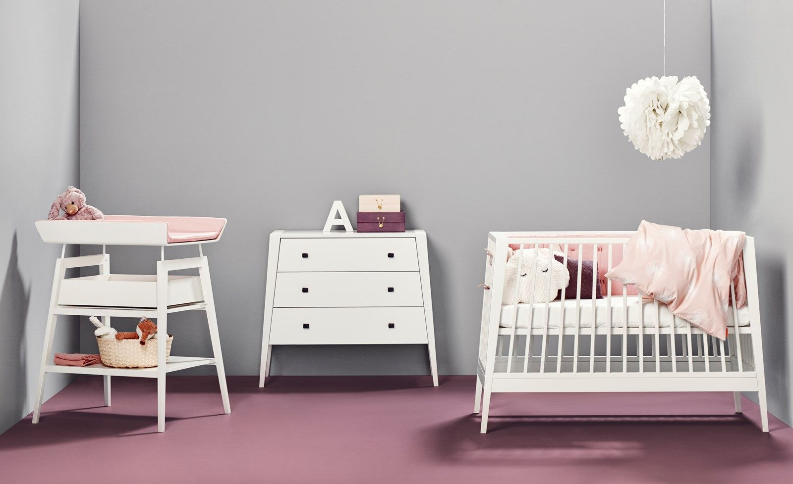 Kinderzimmermöbel Mädchen Linea By Leander Changing Table With Drawer Dresser Baby Cot