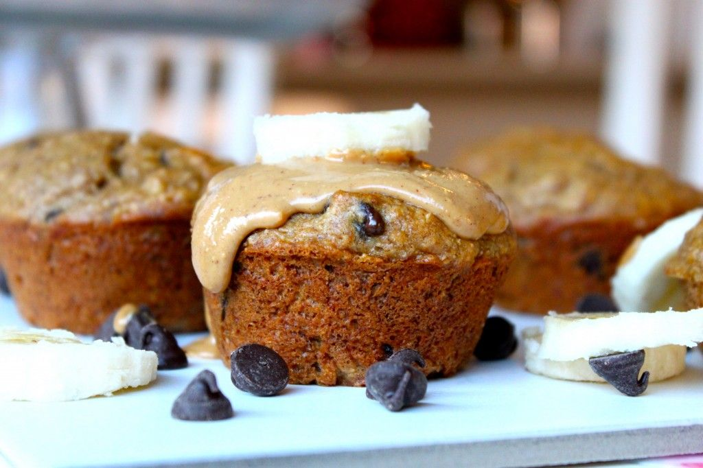 Peanut Butter Banana Muffins-Healthy & Naturally Sweetened ; http://thediva-dish.com