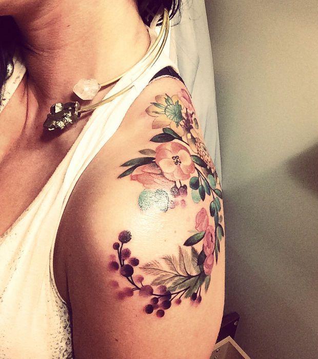 Tatouage Femme Des Fleurs En Aquarelle Beautytatoos Idee
