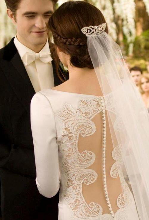 Twilight Wedding On Tumblr Bella Wedding Dress Twilight Wedding Dresses Twilight Wedding