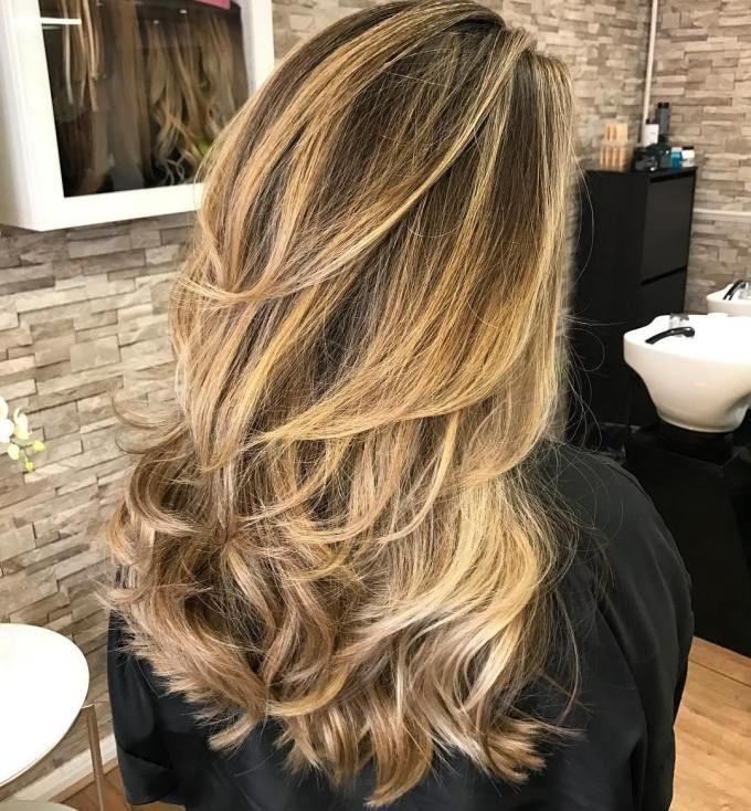 Photo of 50 NUOVE acconciature lunghe con strati per il 2020 – Hair Adviser