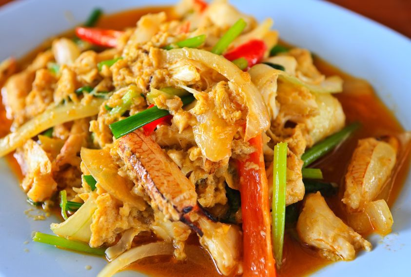 Thai Crab Curry Recipe (Boo Paht Pong Karee) - Temple of Thai