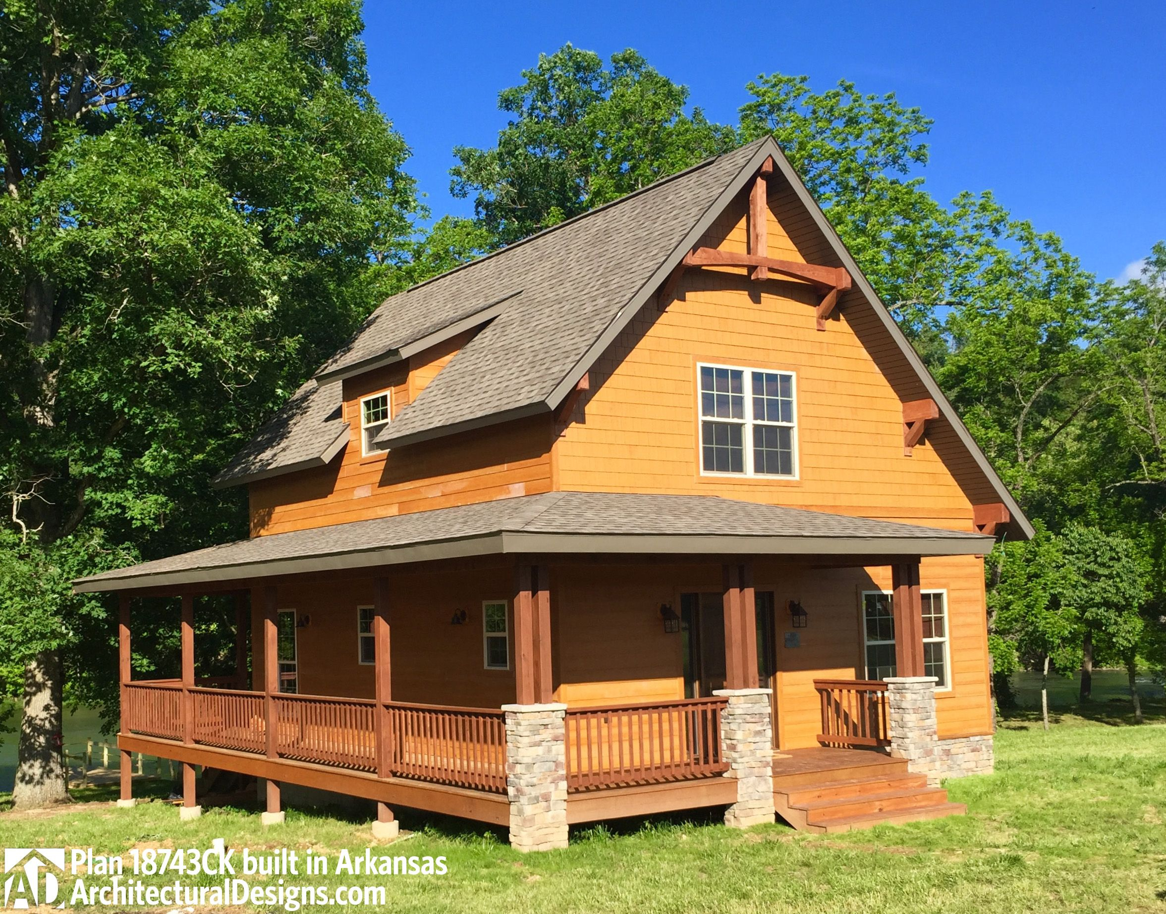 plan 18743ck classic small rustic home plan mountain vacations