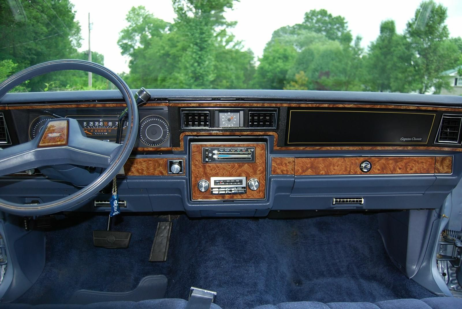 1984 Chevrolet Caprice Classic In Light Royal Blue Poly 5 0l V 8 With 33 000 Miles Chevrolet Caprice Chevy Caprice Classic Caprice Classic