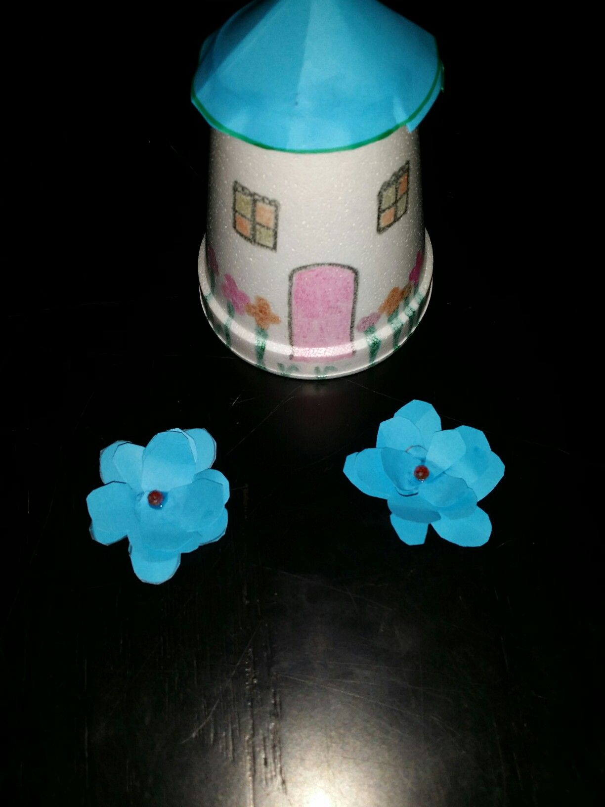 Cute home by paper cup amazing k cup crafts pinterest cup cute home by paper cup jeuxipadfo Image collections