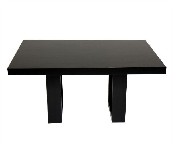 Mesa comedor, su robusta superficie se apoya de dos marcos sólidos ...