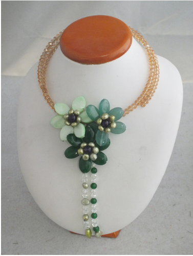 2016 Newest Design Handmade Green Flower Shell Necklace For Nigerian Wedding Necklace Z-3889      For more Inquiries:  (248) 792-8169