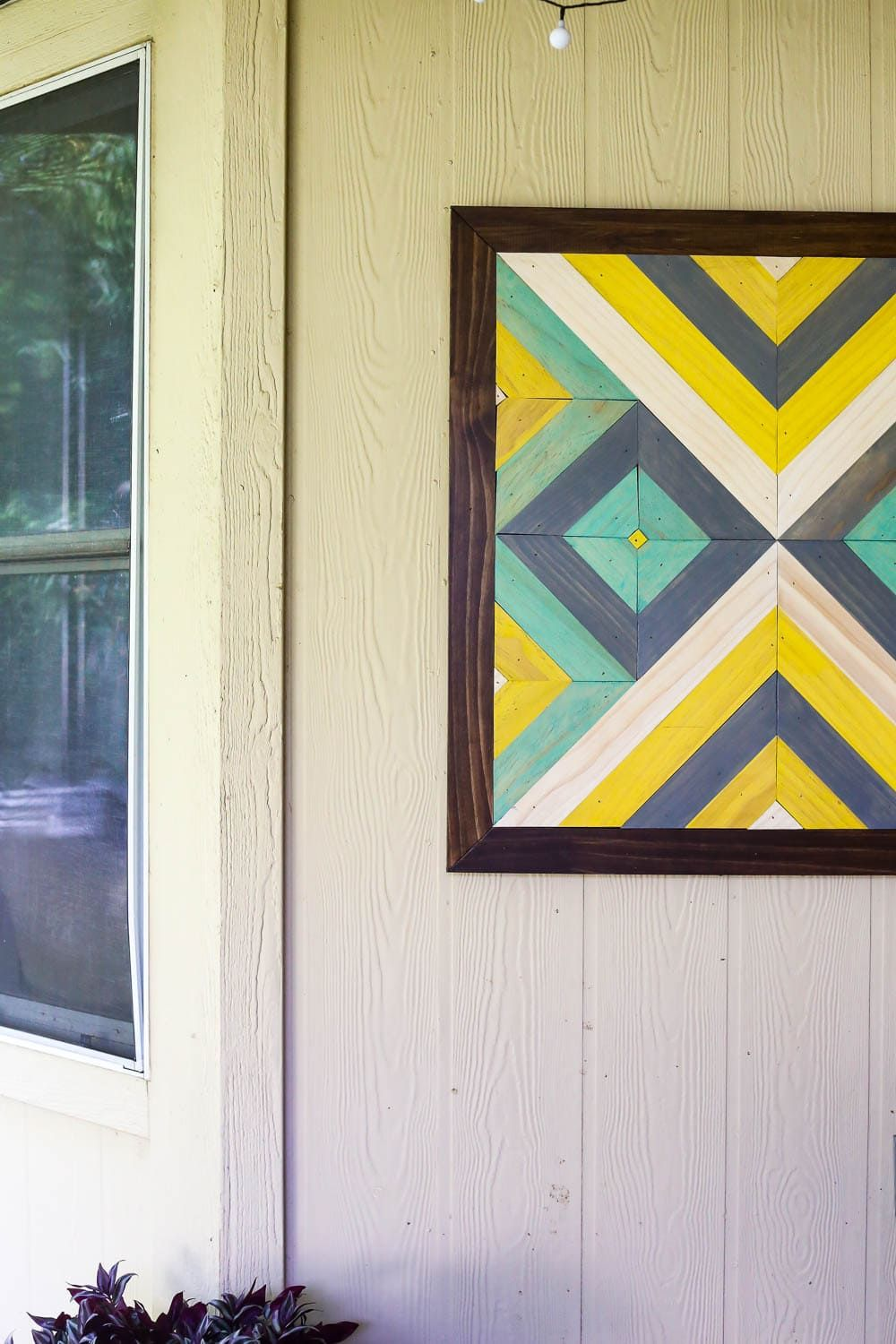 How To Create Diy Outdoor Art For Your Patio Or Front Porch This Wood Is So Easy And Beautiful Diyproject Diyart Woodart