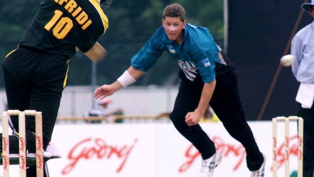 Former New Zealand fast bowler Geoff Allott feels it would be foolish to write off defending champions India ahead of next month's Cricket World Cup despite their pedestrian showing in the ongoing tour of Australia.