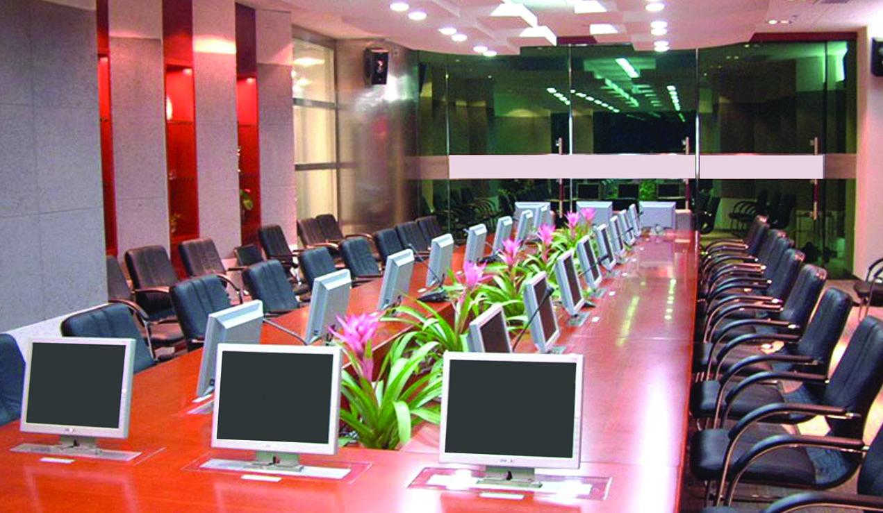 Meeting room and training room smart displays - Interior design courses in dubai ...