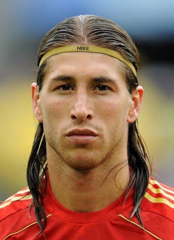 7 Sergio Ramos Haarschnitte Die Werden Sicher Ein Tor Haarschnitte Ramos Sergio Sicher Werden Soccer Hair Sergio Ramos Hairstyle Football Hairstyles