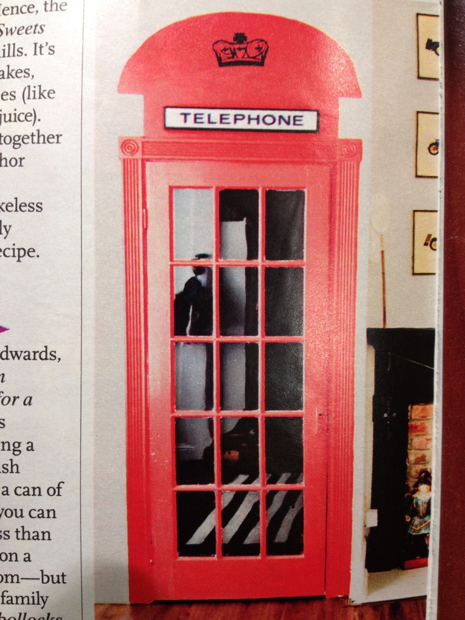 Make Your Door Look Like A London Phone Booth Cool