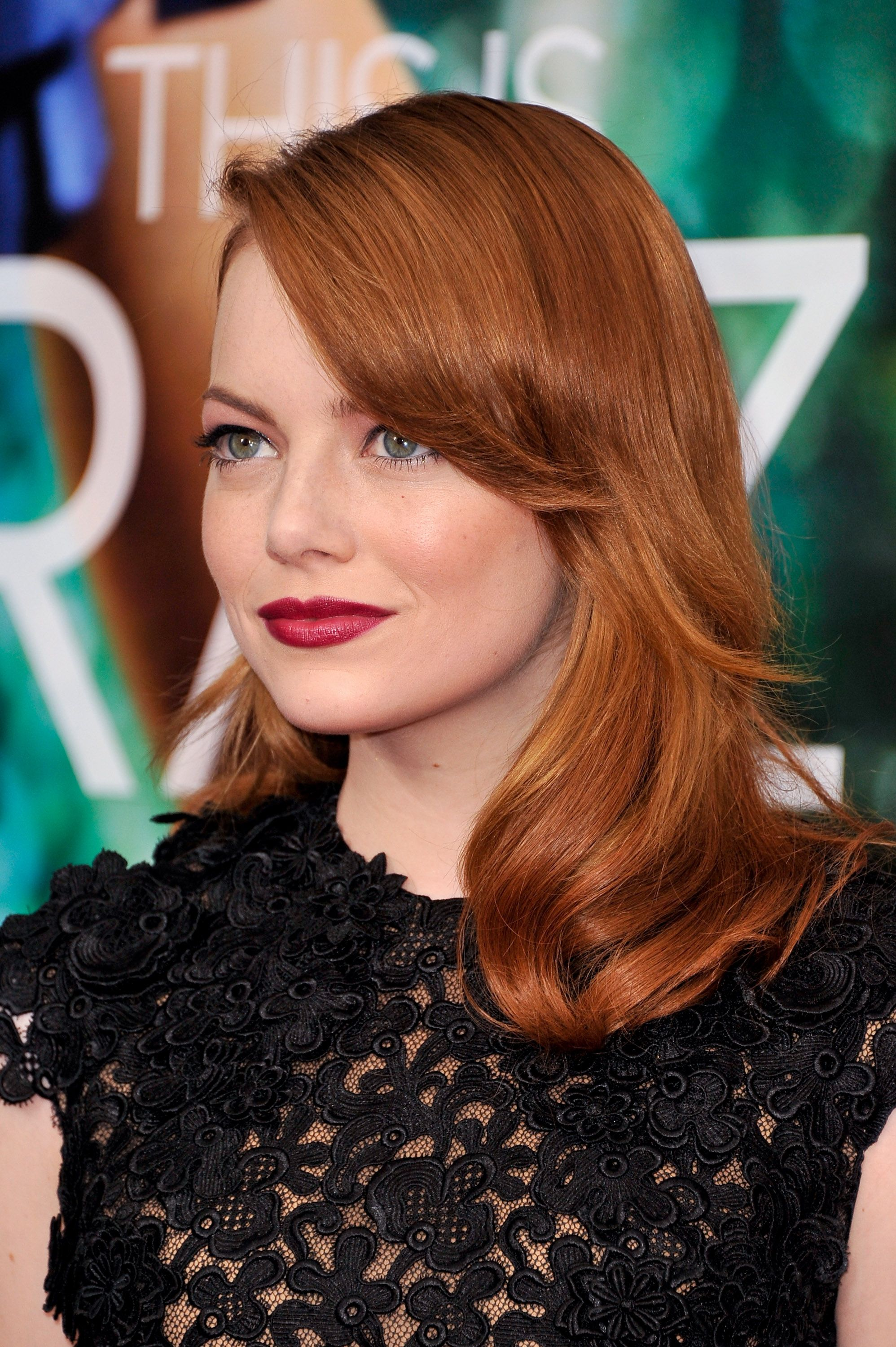 The Best Lipstick for Redheads: A Guide to Choosing the PerfectShade