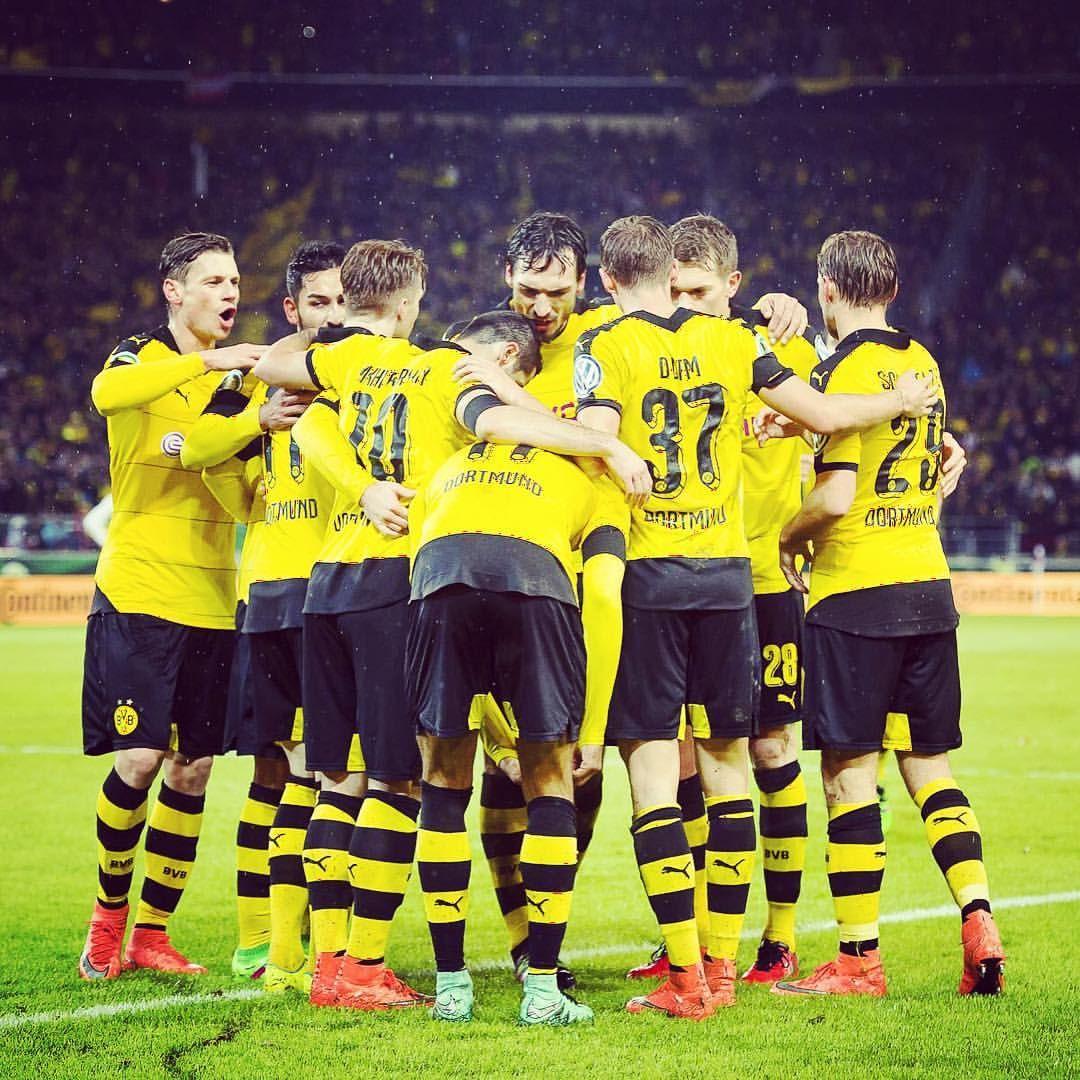 Borussia Dortmund On Instagram The Borussia Bunch Vfbbvb Dfbpokal Bvb Dortmund Borussiadortmund Vfb Vfbs Borussia Dortmund Dortmund Football Is Life